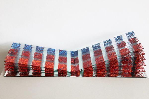 znovu třicet tři — 2010<br>12 × 100 × 30 cm