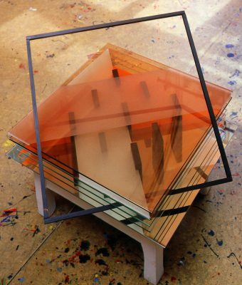 dvorky — 2003<br>20 × 53 × 53 cm