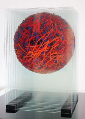 barevná koule ― 2013<br>24 × 35 × 24 cm