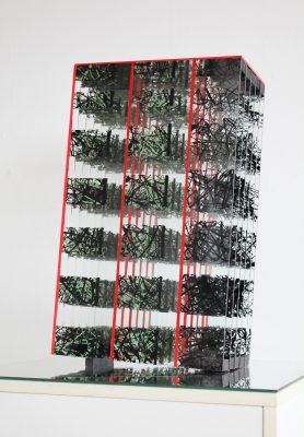 po otřesech ― 2016<br>50 × 30 × 17 cm